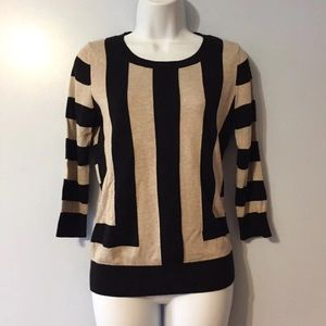 Banana Republic tan and black sweater. XS